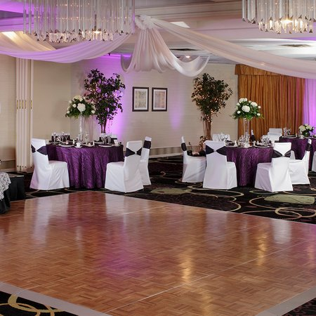 Holiday Inn Wilkes Barre East Mountain - Weddings