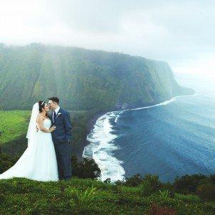 Amk hawaiian wedding photography honolulu hi amk hawaiian wedding photographys profile image junglespirit Choice Image