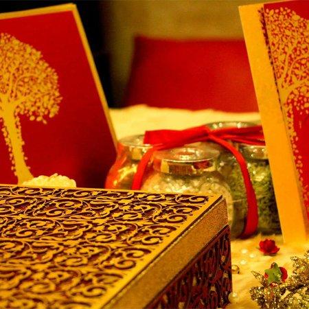 VWI (Voguish Wedding Invitations)