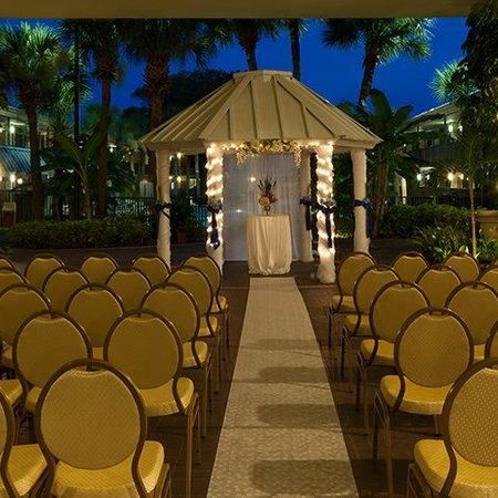 Weddings at Ramada Kissimmee Gateway