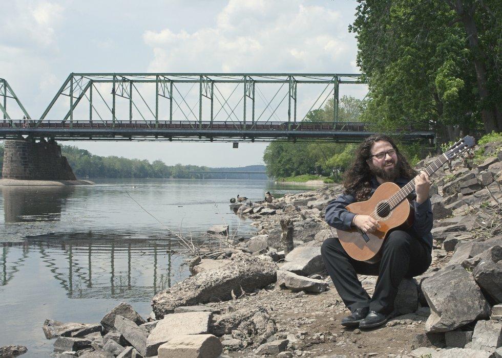 Alan Rigoletto - Guitarist's profile image