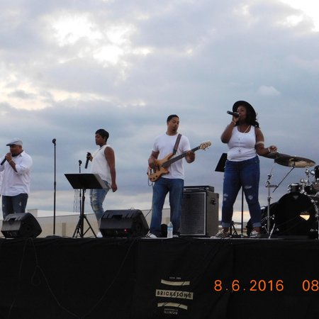 KraveLive Music Entertainment