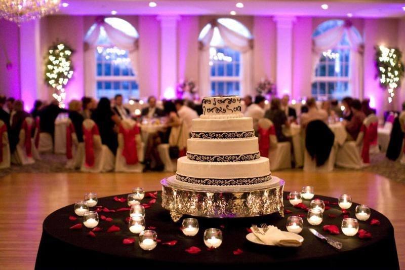 Chicago Photo Booth Wedding Dj Event Rental- A Posh Production's profile image