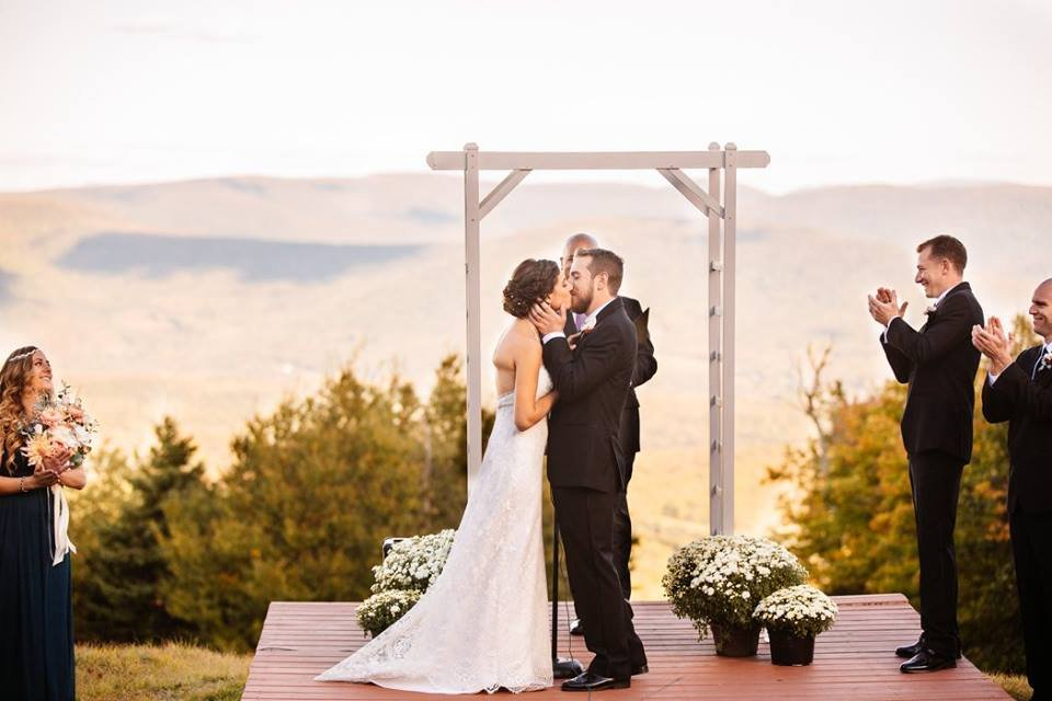 Plattekill Mountain Weddings & Events's profile image