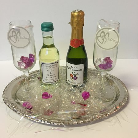 Wedding Wine Favors