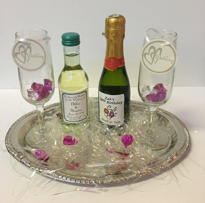 Wedding Wine Favors's profile image