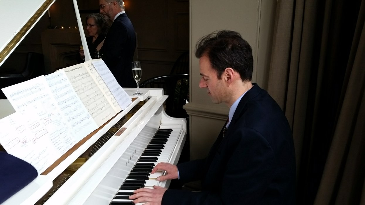 The Surrey Pianist's profile image