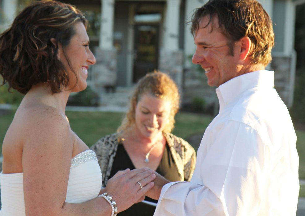 Celebrant Gwen Downs, Wedding Officiant's profile image