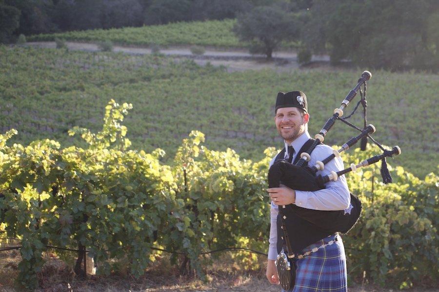 Piper Jonas - Professional Bagpiper's profile image