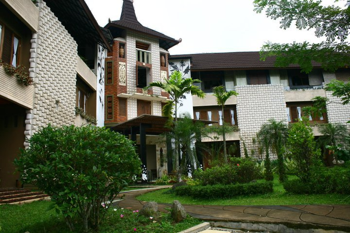 The Village Resort Bogor's profile image