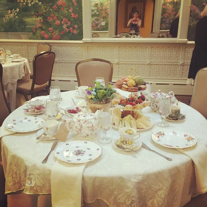 The Vintage Tea & Cake Company's profile image