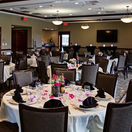 Reserve 22 Restaurant Bar Banquets