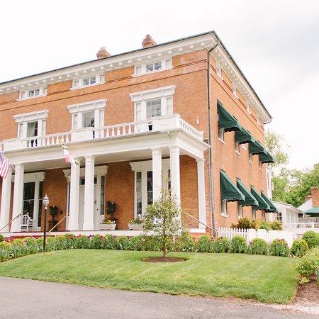 Antrim 1844 Hotel