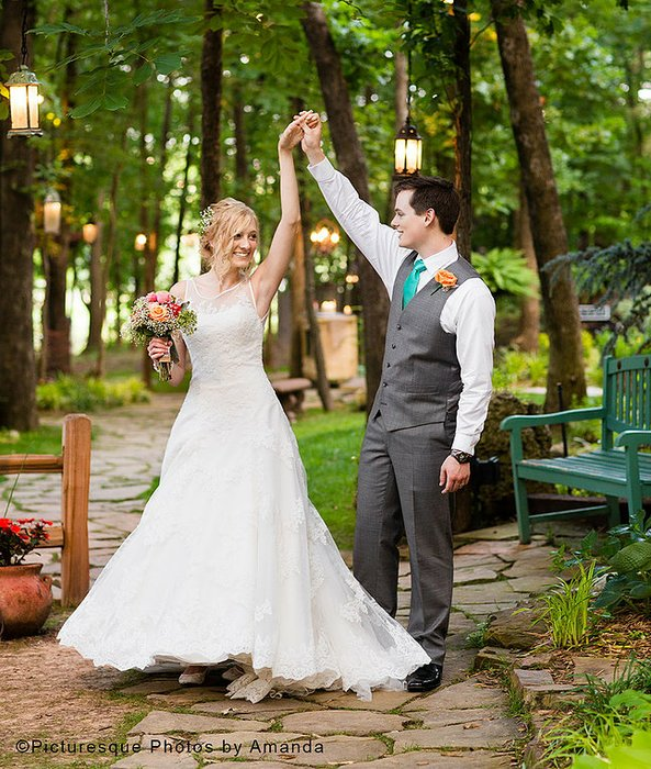 Hidden Porch Weddings's profile image