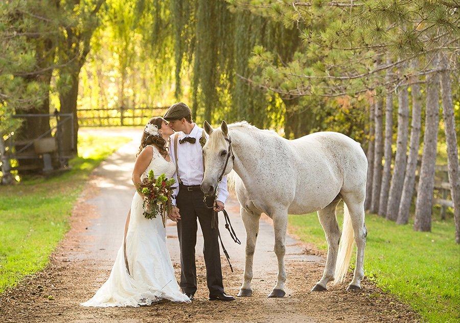 Rustic Elegance Wedding Coordination's profile image