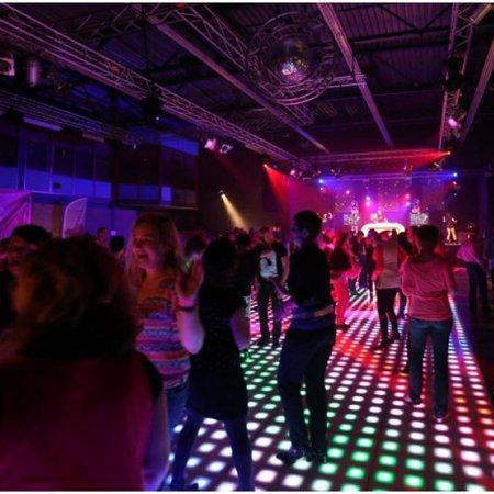 DJ Big Blender | Bruiloft DJ | Drive In Show | Ervaren & Allround