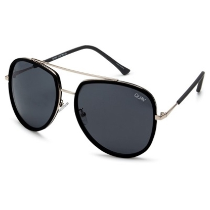Picture of Quay Needing Fame Sunglasses - Black/Smoke