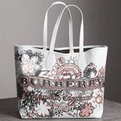 Picture of Burberry Reversible Doodle Tote - Brown