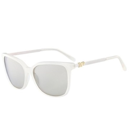 Picture of DVF Joanna Square Sunglasses - Milky Cream