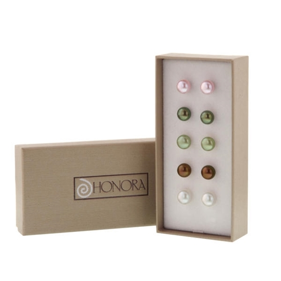Picture of Box Set of Five Pearl Button Studs