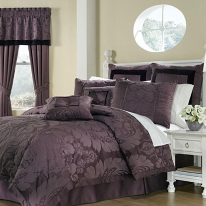 Picture of Royal Heritage Lorenzo 8-Piece Comforter Set - King