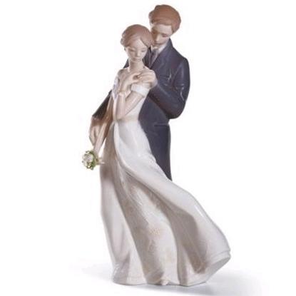 Picture of Lladro® Everlasting Love Figurine