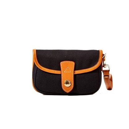 Picture of Snap Flap Wristlet - Black