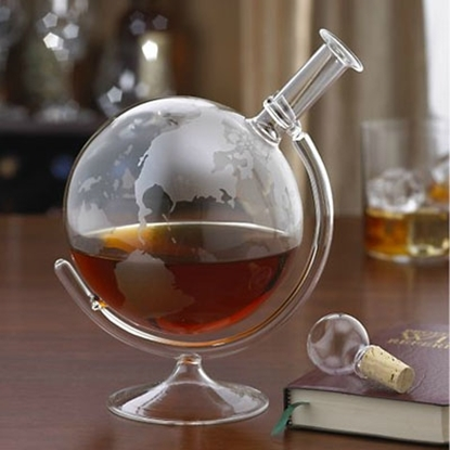 Picture of Wine Enthusiast Etched Globe Spirits Decanter
