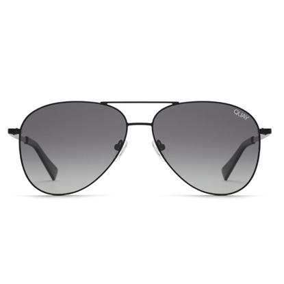 Picture of QUAY Men's Still Standing Sunglasses - Black/Smoke