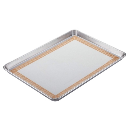 Picture of Ayesha Curry 2-Piece Sheet Pan & Heart Mat