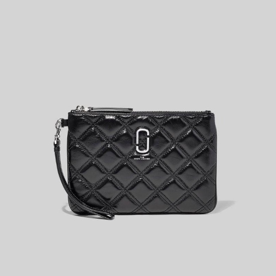 Picture of Marc Jacobs Quilted Softshot Wristlet - Black