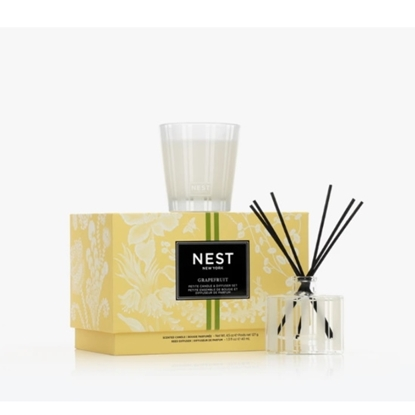 Picture of Nest NY Grapefruit Petite Candle & Reed Diffuser Set