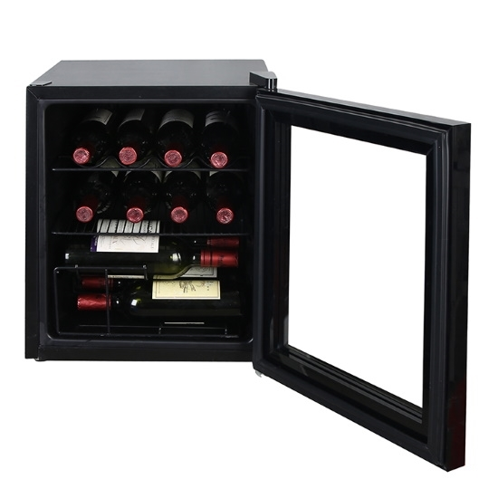 Picture of Avanti 1.6 cu.ft. Wine/Beverage Cooler - Black