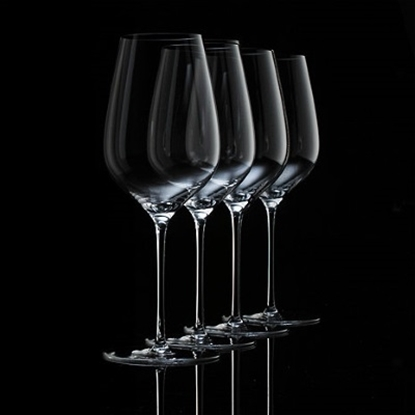 Picture of Wine Enthusiast Fusion Air Universal Wine Glasses - Set of 4