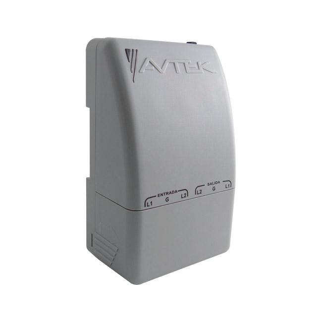 Protector de Voltaje con alta capacidad de supresión para A/A y Equipos de Refrigeración INVERTER hasta 52.000 BTU, 220 VAC.<br>SPC-PEBAS-B230/21J