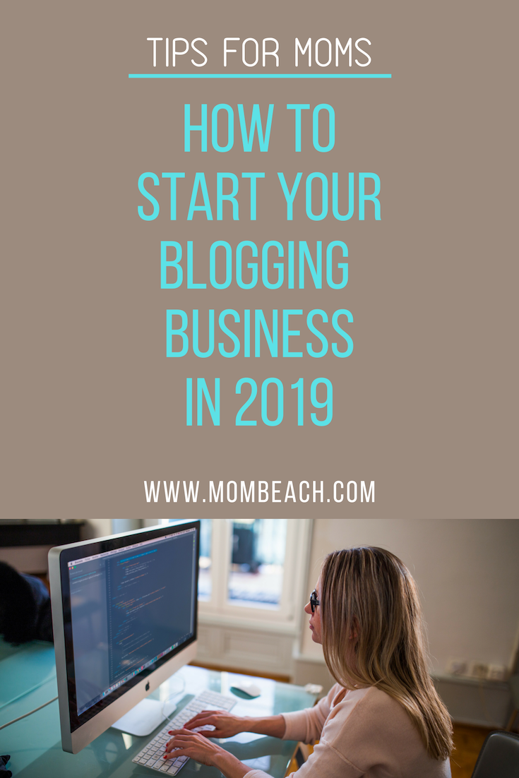 Start a blog can be an easy way that moms can make money online. Blogging is perfect for beginners and advanced alike! Blogging can help you make money online with ease. This post cover everything you need to know about how to make money with blogging! #startablog #startablogformoney #startablogtomakemoney #stayathomemomblog #momblogger #bloggingforbeginners