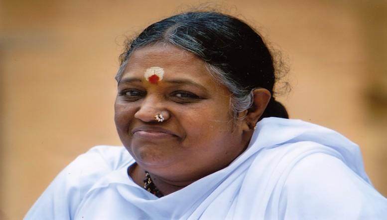 மாதா அமிர்தானந்தமயி தலா ரூ.5 லட்சம்