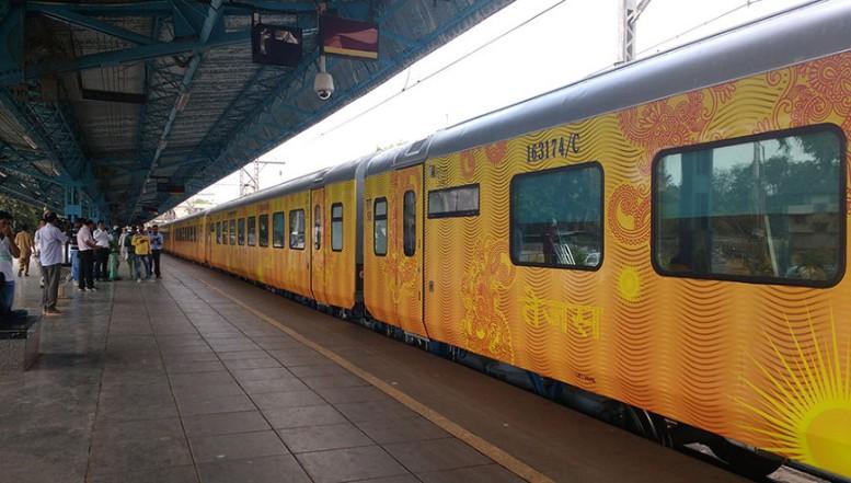 சென்னை - மதுரை தேஜஸ் அதிவிரைவு ரயில் நாளை துவக்கம்