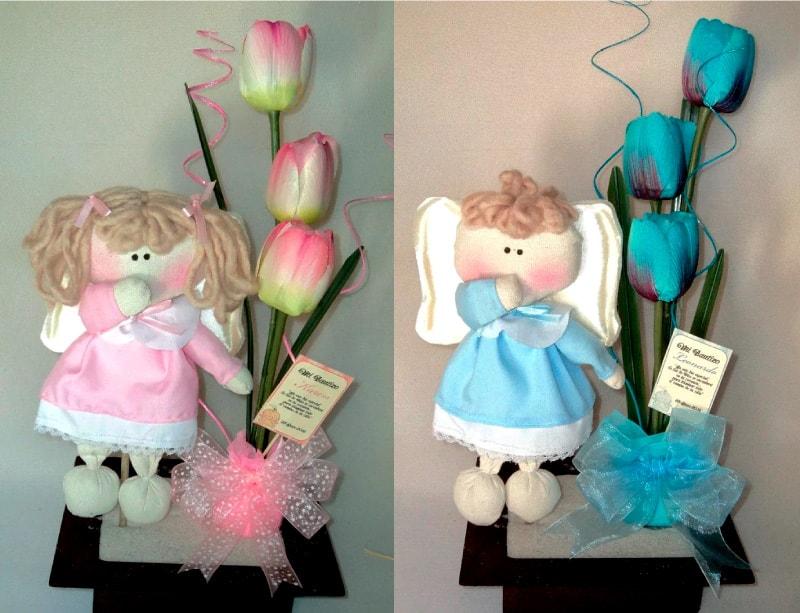 recuerdos para bautizo de niño y niña con ángeles_centros florales con ángeles de tela para recuerdo de bautizo