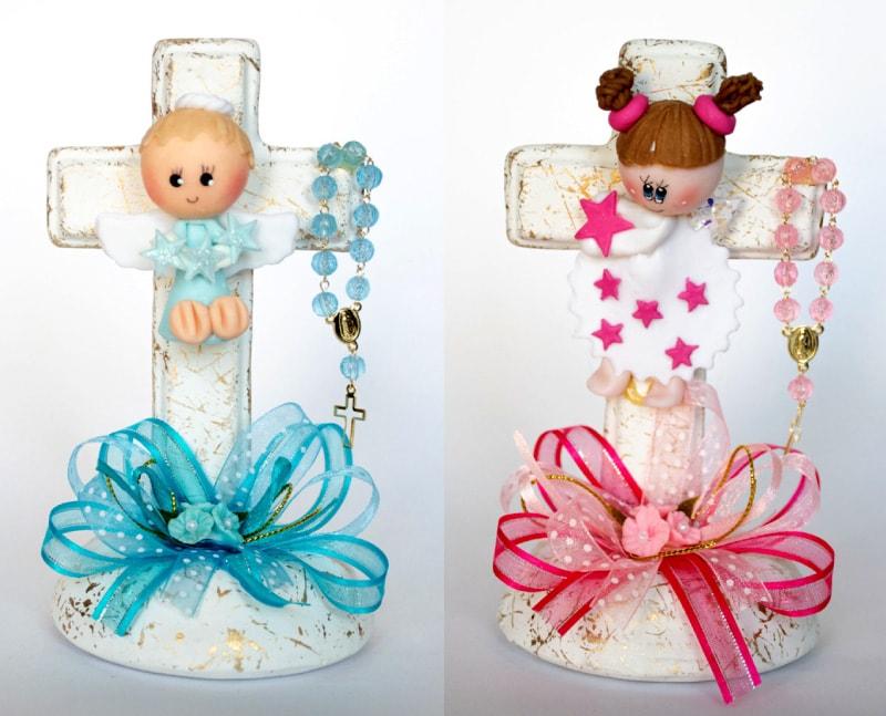 Cruz de cerámica y masa flexible para recuerdo de bautizo