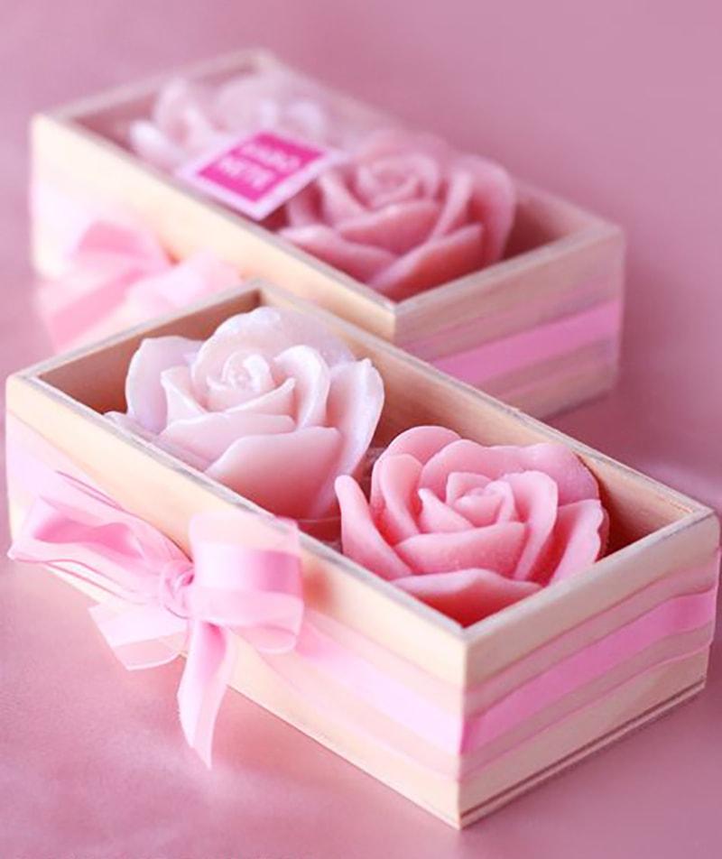 jabón de flor en caja para bautizo de niña