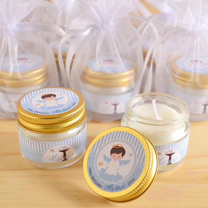 vela con frascos de gerber hechas a mano, decorada con etiquetas para bautizo