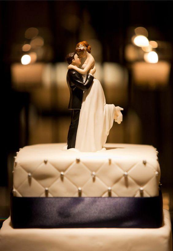 figuras_de_pastel_boda_elegante_porcelana_romance