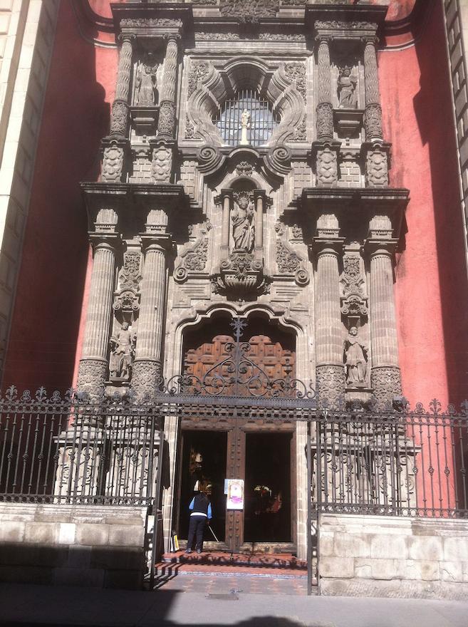 """Templo de la Enseñanza """"Nuestra Señora del Pilar"""""""