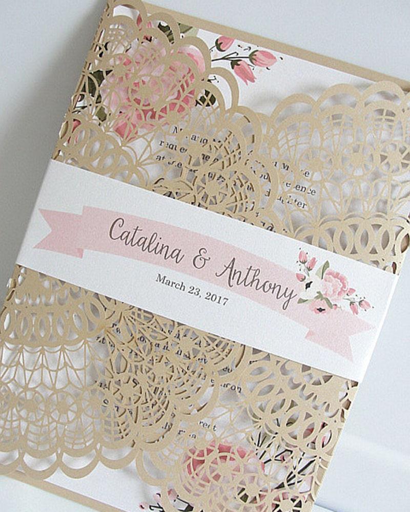 invitaciones_de_boda_beige_ivory_corte_laser_floral_modelos_imagenes