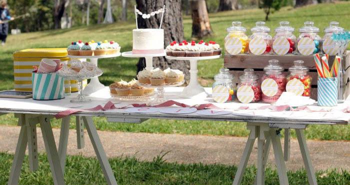 cupcakes_galletas_dulces_como_hacer_montar_tu_misma_la_mesa_de_dulces