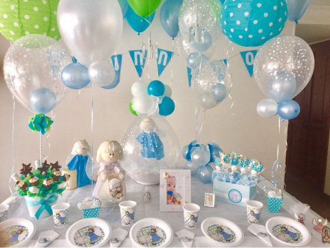 decoración de globlos y angelitos para baby shower