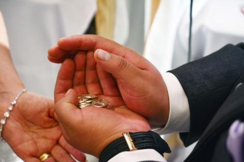 entrega de arras de boda