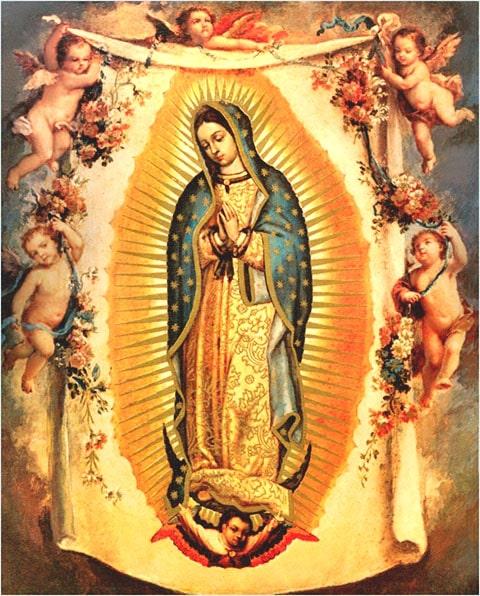 Arras para boda con la imagen del la Virgen María rodea de flores, arras doradas para boda