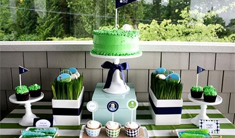 Para los amantes del golf, esté salero y pimentero en forma de pelotas de golf, es ideal para acompañar la decoración de tu fiesta